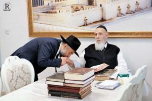 הרב משה אבוטבול עם הרב שלום כהן